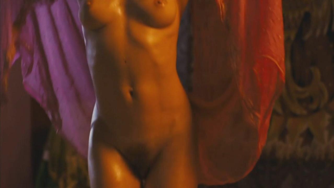 Irene Wan  nackt