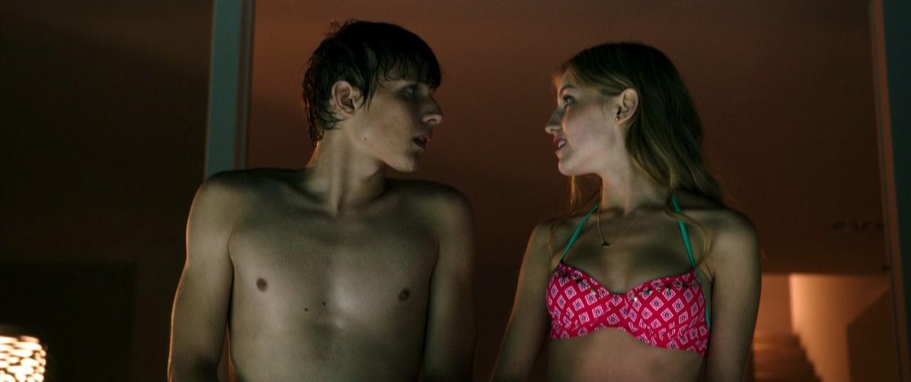 Nackt Julie Maximova  41 Hot