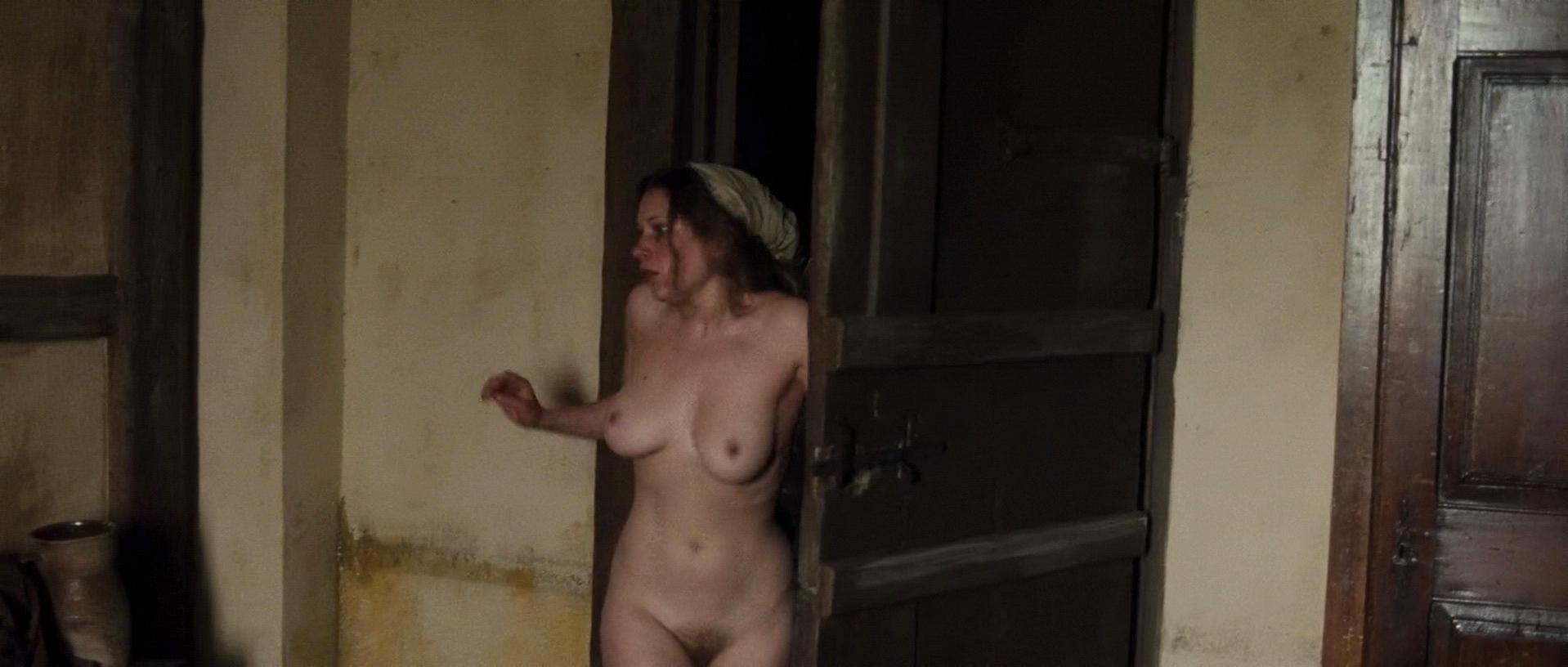 Armstrong  nackt Melinda Find Melinda